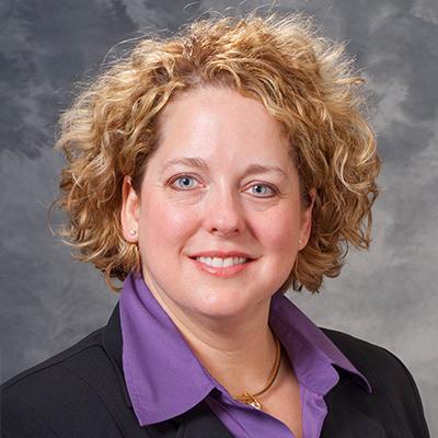 photo of Tracy Mrochek
