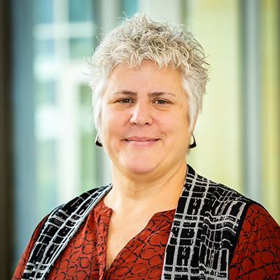 Portrait of Tracy Seiler-Schultz